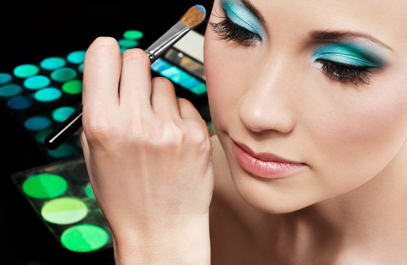 Professional Makeup Artist Courses: Diploma in Makeup Artistry