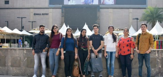FIELD VISIT FOR STUDENTS STUDYING VISUAL MERCHANDISING