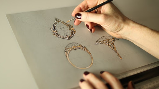 How to Become a Jewelry Designer